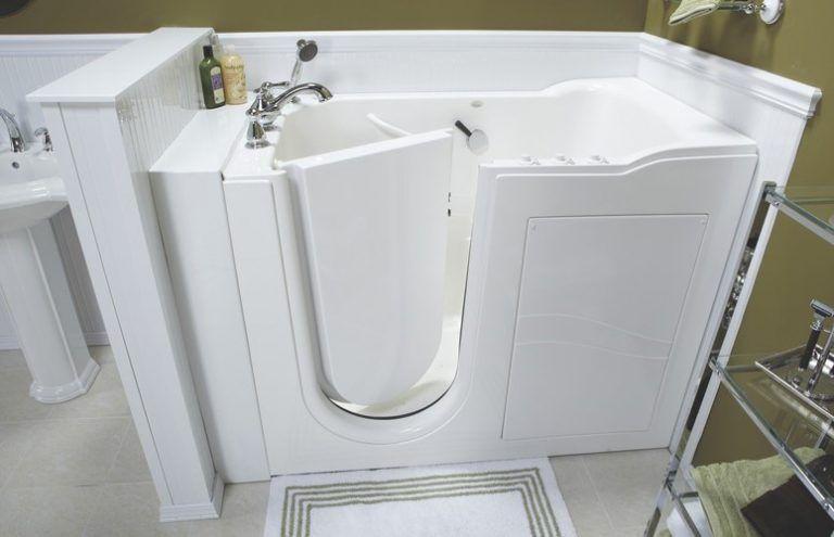 Luxury-walk-in-tub-768x495